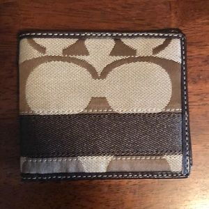 Coach men's wallet.